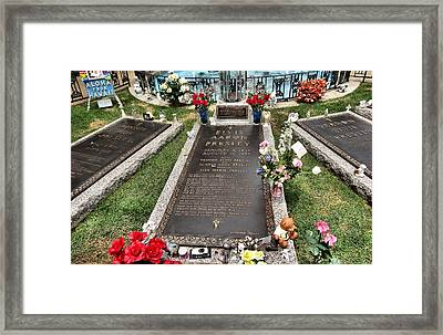 Elvis Presley Laid To Rest Framed Print by Dan Sproul