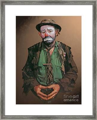 Emmett Kelly Framed Print by Stephen Shub
