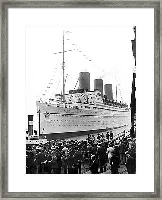 Empress Of Britain At Dockside Framed Print by Underwood Archives