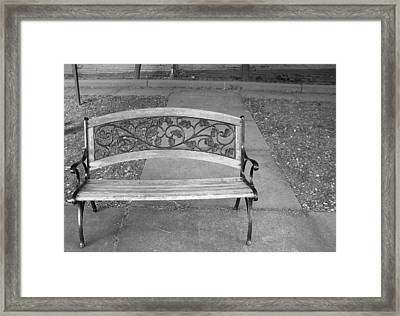 Empty Bench Framed Print by Stephanie Grooms