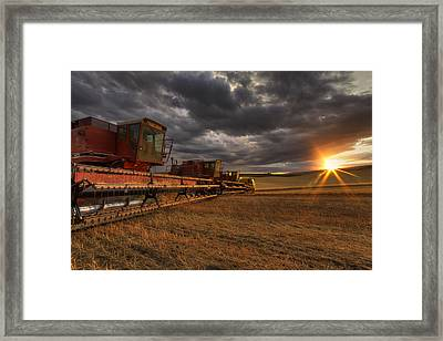 End Of Day Framed Print by Mark Kiver