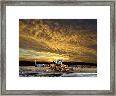 End Of The Work Day Digital Art Framed Print by Thomas Woolworth