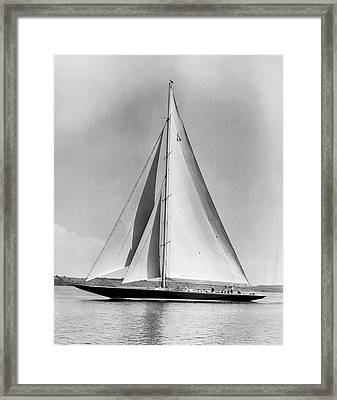 Endeavour II At Newport Framed Print by Underwood Archives