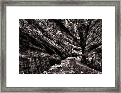 Endless Narrows Framed Print by Juan Carlos Diaz Parra