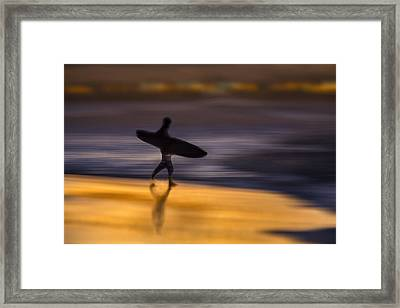 Framed Print featuring the photograph Enter The Surf  73a0146 by David Orias