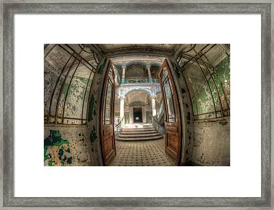 Entrance Of Beauty Framed Print