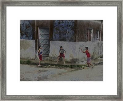 Esquina Framed Print