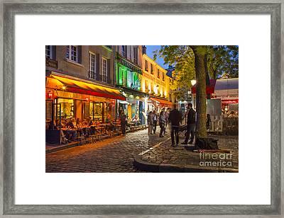 Evening In Montmartre Framed Print