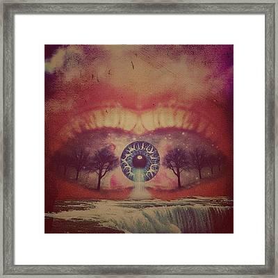 eye #dropicomobile #filtermania Framed Print