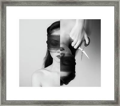 F R A N T I C Framed Print by Hari Sulistiawan