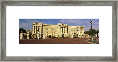 Facade Of A Palace, Buckingham Palace Framed Print by Panoramic Images