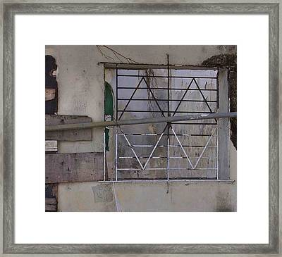 Face Left Framed Print by Kandy Hurley