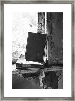 Faith In Sight  Framed Print by Jerry Cordeiro