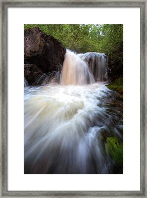 Framed Print featuring the photograph Fall And Splash by David Andersen