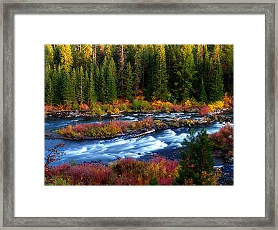 Fall On The Deschutes River Framed Print