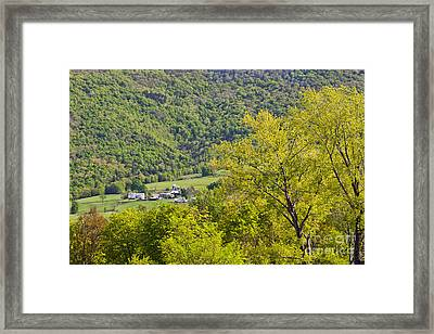 Farm At Dorset Mountain Framed Print by Alan L Graham