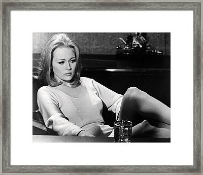 Faye Dunaway In The Thomas Crown Affair  Framed Print