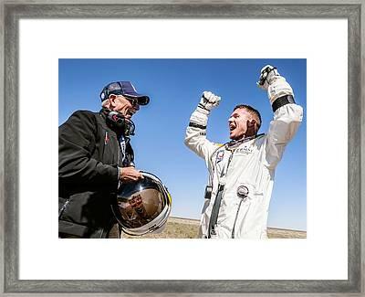 Felix Baumgartner After Freefall Framed Print by Science Photo Library