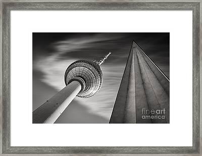 Fernsehturm Berlin Framed Print by Rod McLean