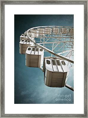 Ferris Wheel Framed Print by Carlos Caetano