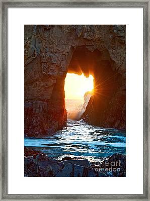 Fireburst - Arch Rock In Pfeiffer Beach In Big Sur. Framed Print by Jamie Pham