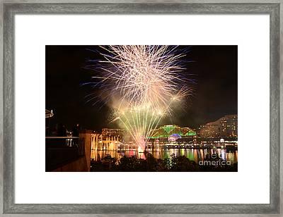 Fireworks Glow At Vivid Aquatique 2014 By Kaye Menner Framed Print