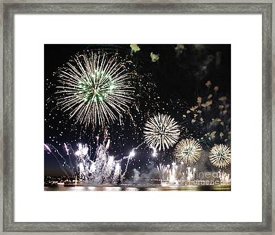 Framed Print featuring the photograph Fireworks Over The Hudson River by Lilliana Mendez
