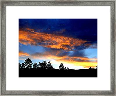 Firey Sunset Of Angel Fire Framed Print by Cindy Croal