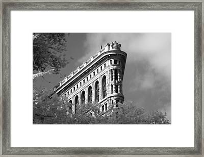 New York City - Flat Iron Prow Framed Print