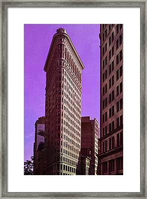 Flat Iron Nyc Framed Print by Laura Fasulo