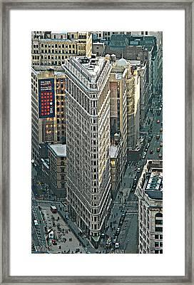 Flatiron Building Nyc 1 Framed Print