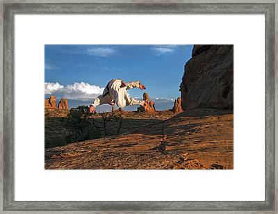 Flip In Arches Framed Print by Nichon Thorstrom