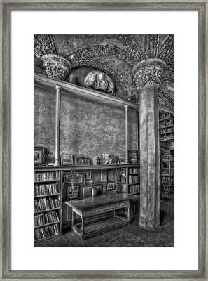 Fonthill Castle Library Framed Print by Susan Candelario