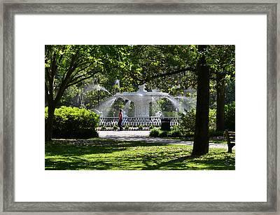 Forsyth Fountain 2 Framed Print
