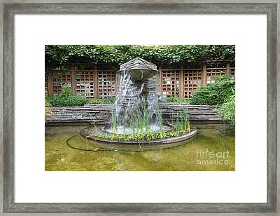 Fountain At The Historic Luther Burbank Home And Gardens Santa Rosa California 5d25913 Framed Print