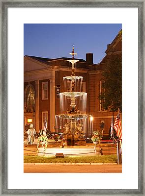 Fountain On Chambersburg Square Framed Print by L Granville Laird