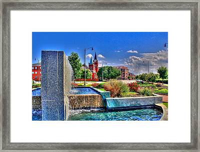 Fountain On Ray Framed Print