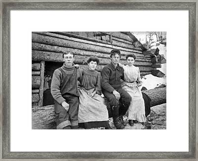 Four Settlers In The West Framed Print