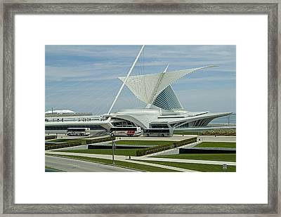 Front View Milwaukee Art Museum Framed Print by Devinder Sangha