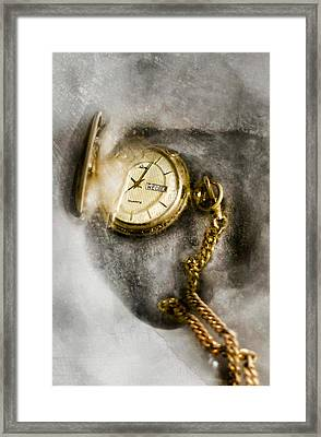 Frozen In Time Framed Print by Peter Chilelli