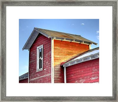 Ft Collins Barn 13502 Framed Print by Jerry Sodorff