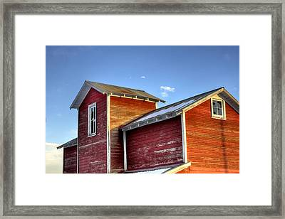 Ft Collins Barn Sunset 13505 Framed Print by Jerry Sodorff