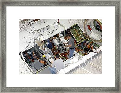 Fuel Cell Removal From Space Shuttle Framed Print by Glenn Benson/nasa