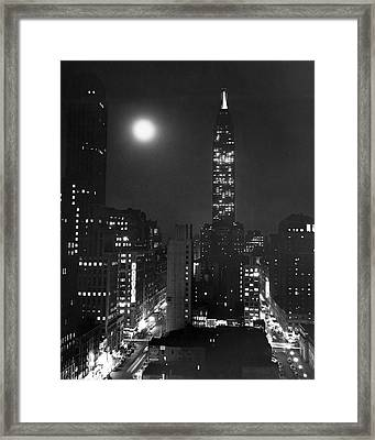 Full Moon Over Manhattan Framed Print by Underwood Archives