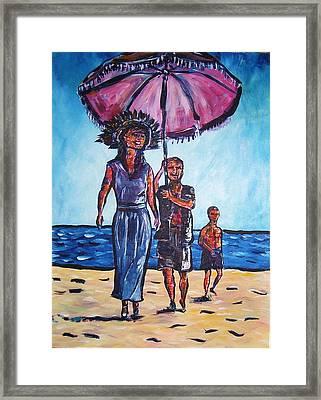Fun In The Sun Framed Print by Linda Vaughon