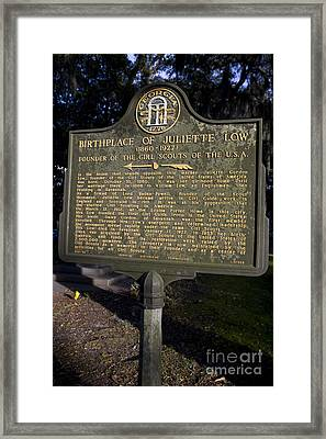 Ga-25-34 Birthplace Of Juliette Low 1860-1927 Founder Of The Girl Scouts Of The U.s.a. Framed Print by Jason O Watson