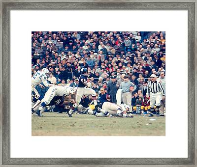 Gale Sayers Framed Print by Retro Images Archive
