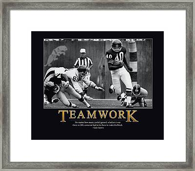 Gale Sayers Teamwork Framed Print by Retro Images Archive