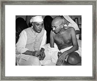 Gandhi Talks With Nehru Framed Print by Underwood Archives