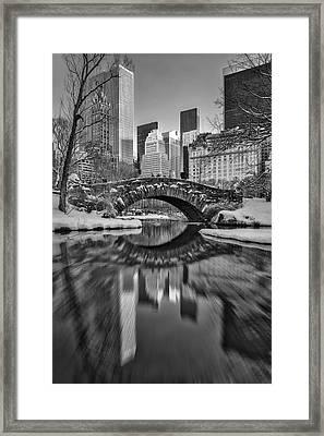 Gapstow Bridge Bw Framed Print